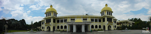 royal palace panoramic