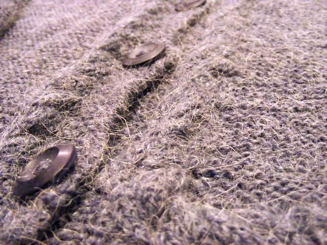 Wiosenny sweter-żakiet lamówka