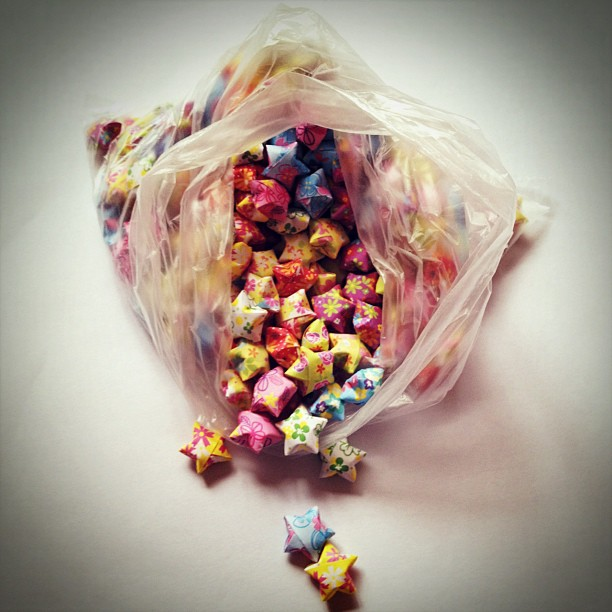 Like #candy in a bag #luckystars #origami
