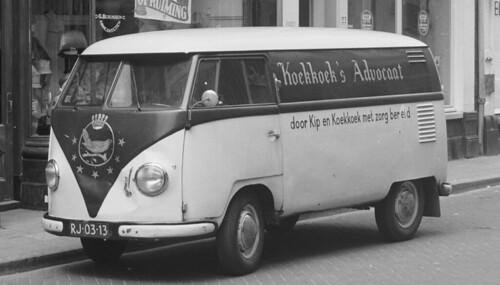 """RJ-03-13 Volkswagen Transporter bestelwagen 1957 """"Koekkoek's Advocaat"""""""