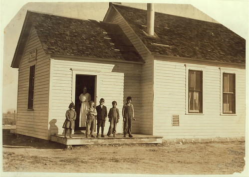 Only 5 pupils present out of about 40 expected when beet work is over. School #1, Dist. 3, Ft. Morgan, Colo. Oct. 26/15, over five weeks after school opened. The poor attendance in all these schools is due, almost entirely to beet work.  (LOC)