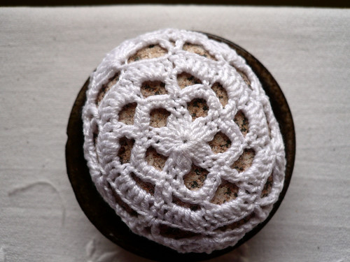 White flower lace stone