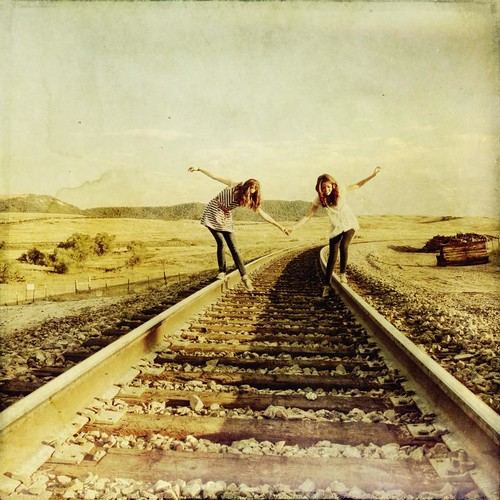girls light rural canon vintage square colorado afternoon grunge traintracks tracks textured t1i applesandsisters