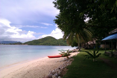 A different look at Coron by nina_theevilone