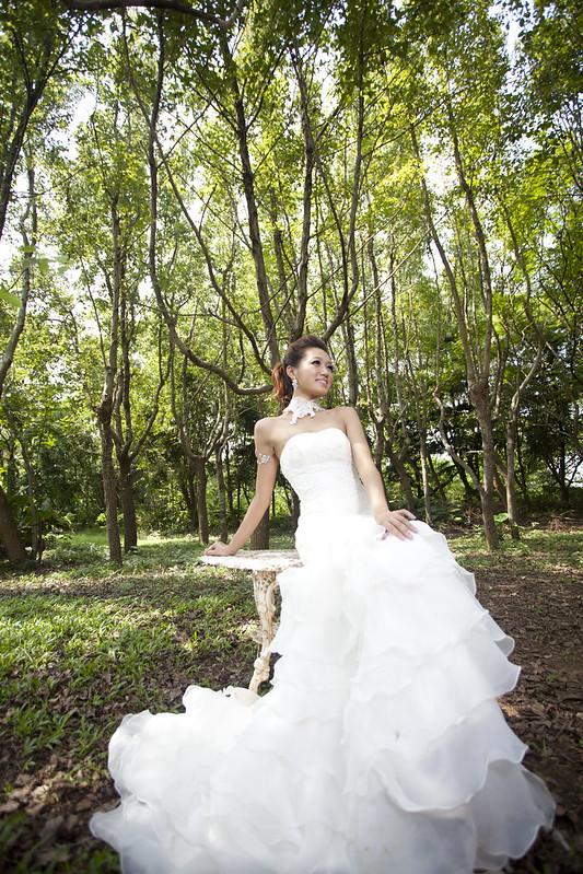EZ wedding 精品婚紗-泡泡