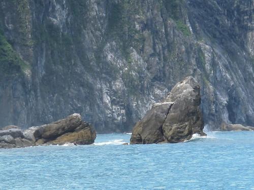 24.清水斷崖下的巨石