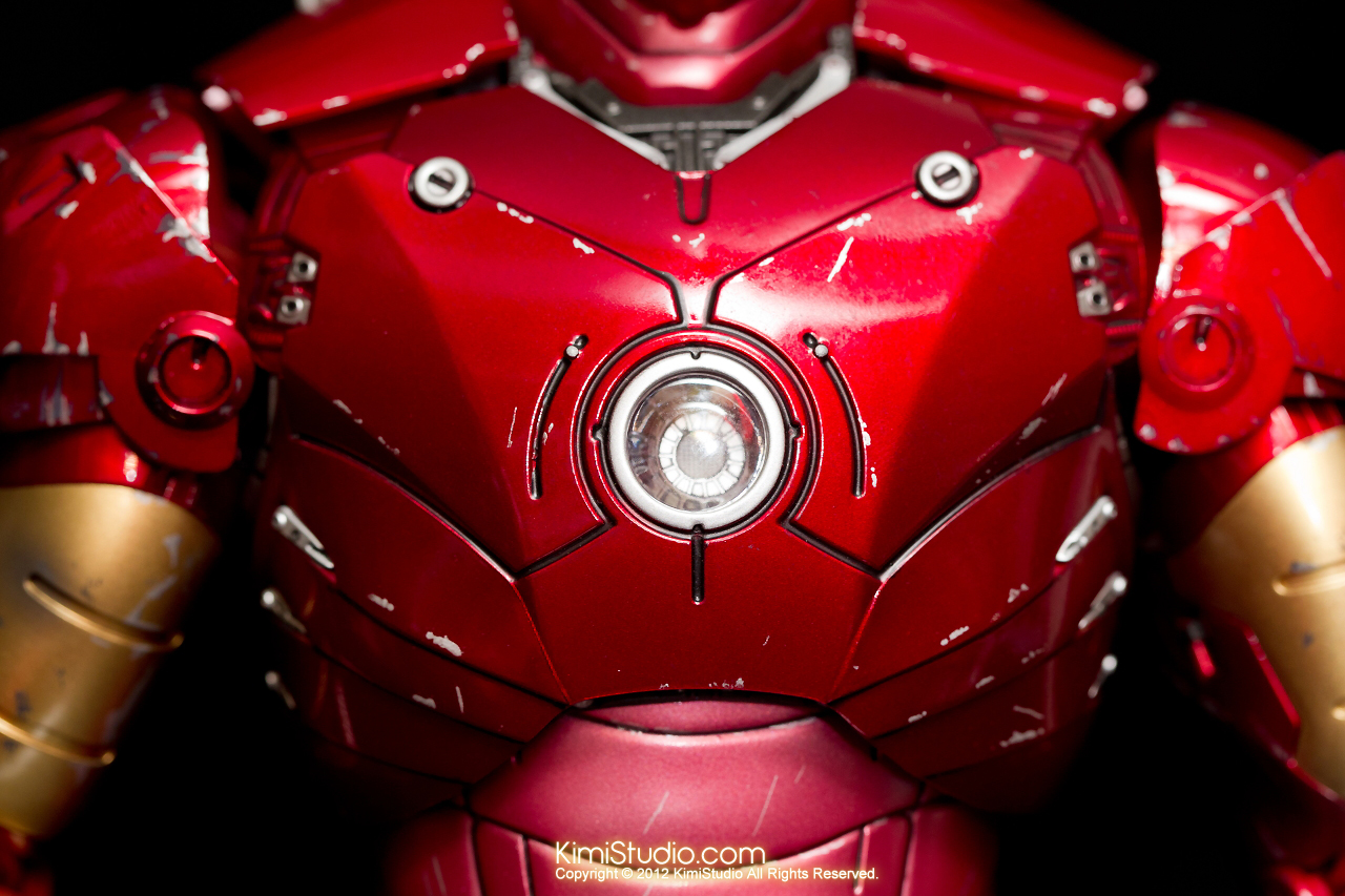 2012.09.13 MMS110 Hot Toys Iron Man Mark III 戰損-013