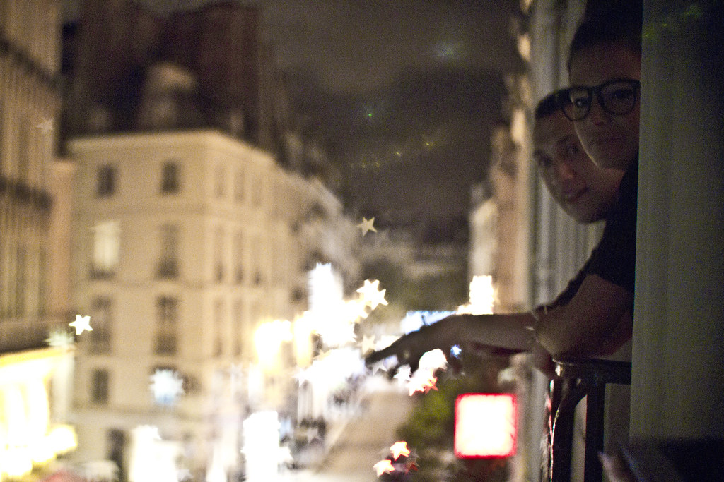 paris_rooftop_by_night_7