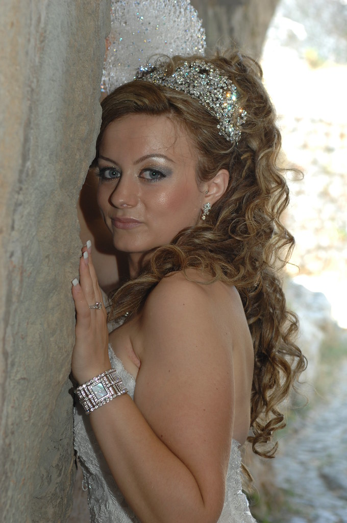 Bridal Styles Bride Elsa