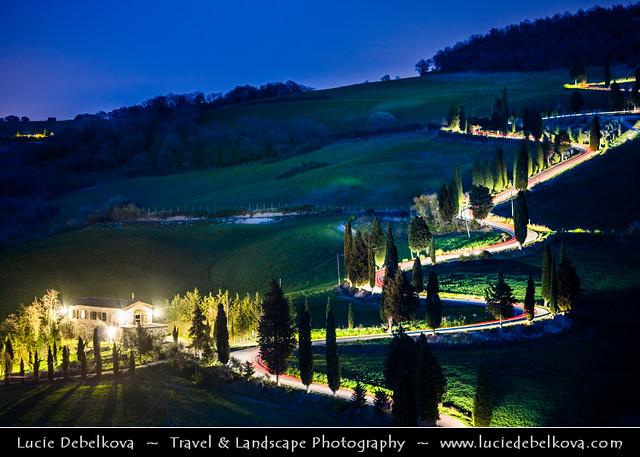 Italy - Tuscany - Toscana - Curvy road of Val d'Orcia at night