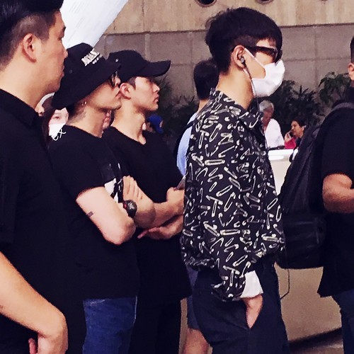 Big Bang - Gimpo Airport - 28jul2016 - EX-INHALE - 04_001