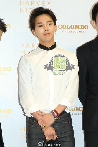 G-Dragon_HarveyNichols-COLOMBO_VIA_DELLA_SPIGA-HongKong-20140806 (61)