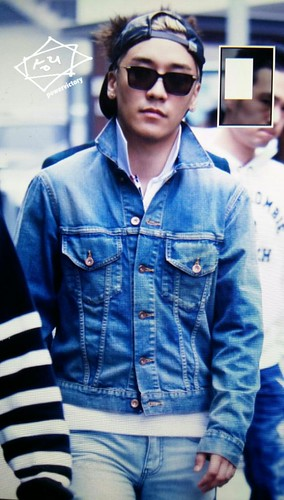 Big Bang - KBS Music Bank - 15may2015 - Seung Ri - Power Victory - 02