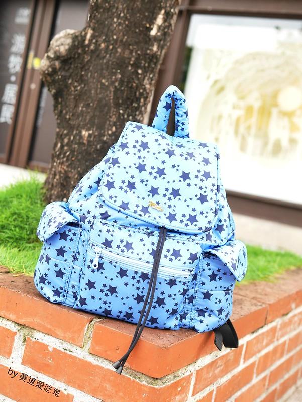 【育兒開箱】網購 MiBe 輕量空氣大束口背包 ● 輕巧好背好收納 ● 媽媽包開箱分享來啦!❤❤