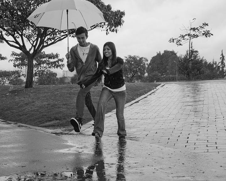 Felicidad: llueva, truene o relampaguee.