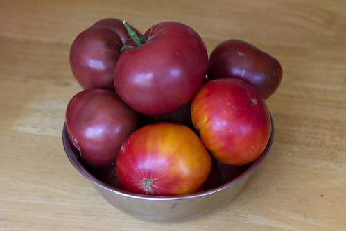 4 lbs heirloom tomatoes
