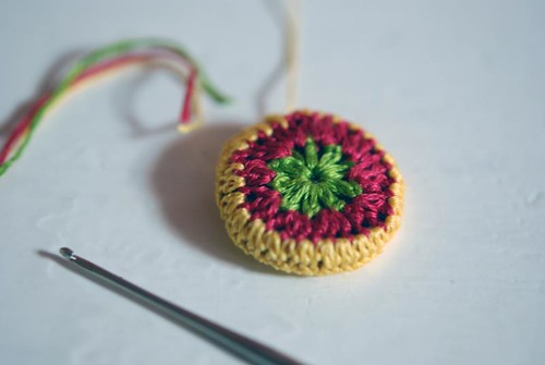 crochet colored buttons