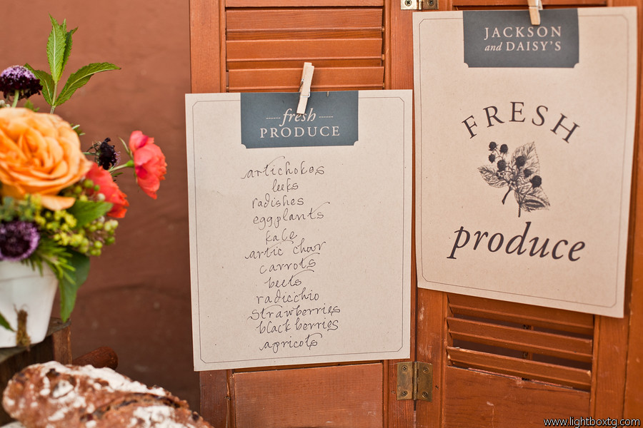 farmers market wedding sign