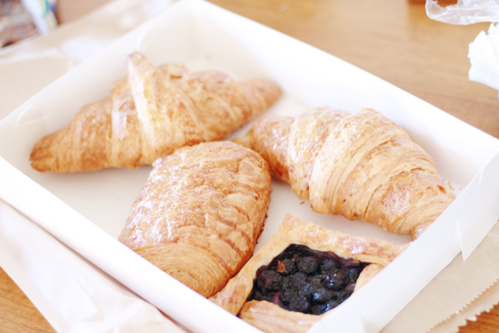 dench breakfast pastries