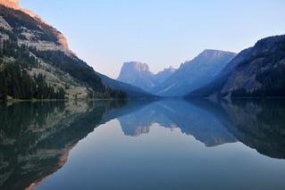 Upper Green River Lake and Squaretop (0105)