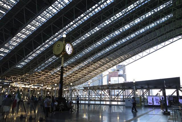 大阪駅 時空の広場 Osaka Sta. Toki-no-hiroba Plaza