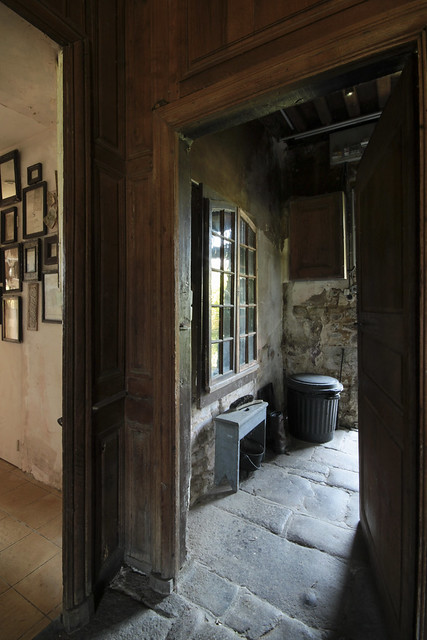 Le Château - back door