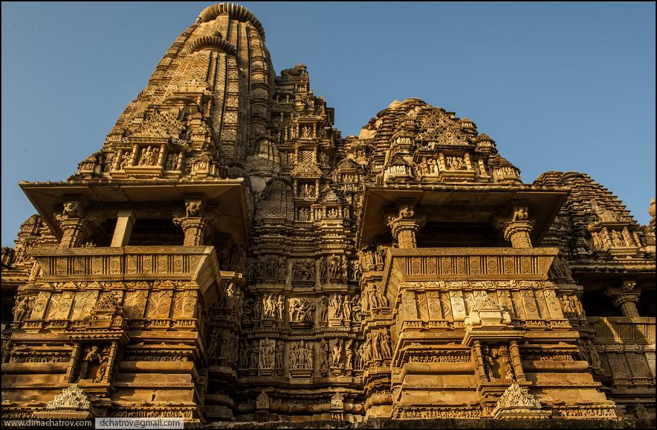 Внешний вид храма Кандарья-Махадева. Во всем мире Кхаджурахо