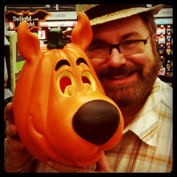 Scooby doo faux halloween carved pumpkin walgreens
