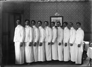 Waiters in Sumner Hall in 1917