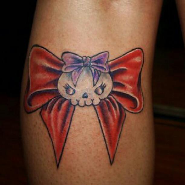 Tattoo tattoos colortattoo cute genorockss bow for Cute bow tattoos