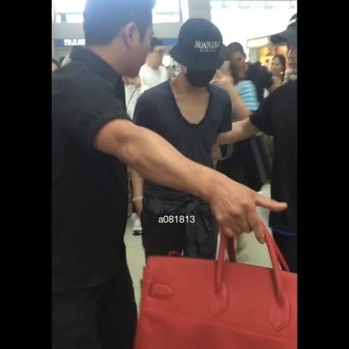 Big Bang - Incheon Airport - 05jun2016 - a081813 - 02