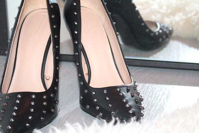 ZARA STUDDED COURT SHOES1