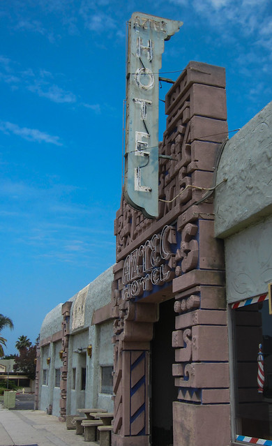 Monrovia Historic Aztec Hotel 3161 Flickr Photo Sharing