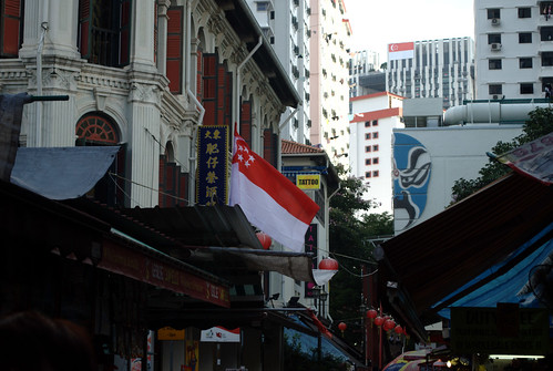 Singapore flag in Chinatown