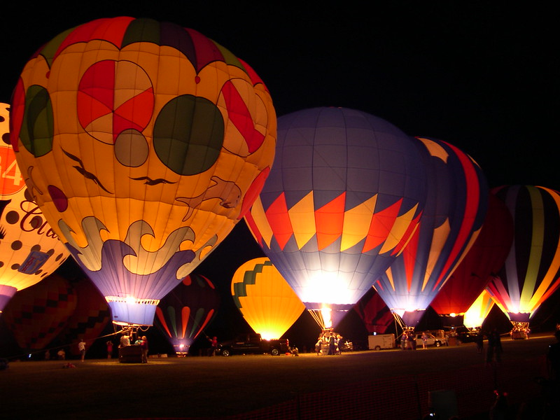 Hot_air_balloon_glow