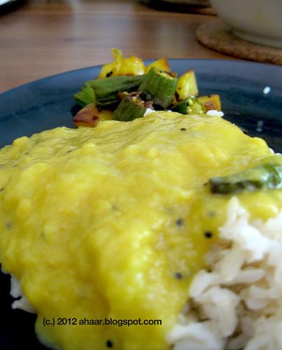 Tok er dal (Bengali mango dal)