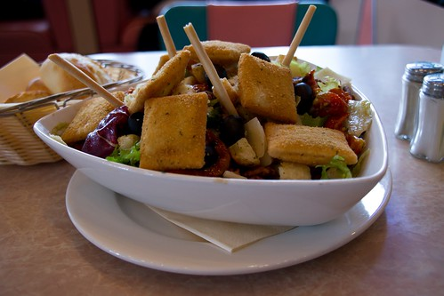 "The Biggie ""Salade au Camembert"" @ Annette's Diner"