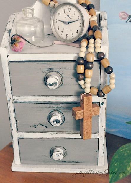 Jesus beads 4.jpg