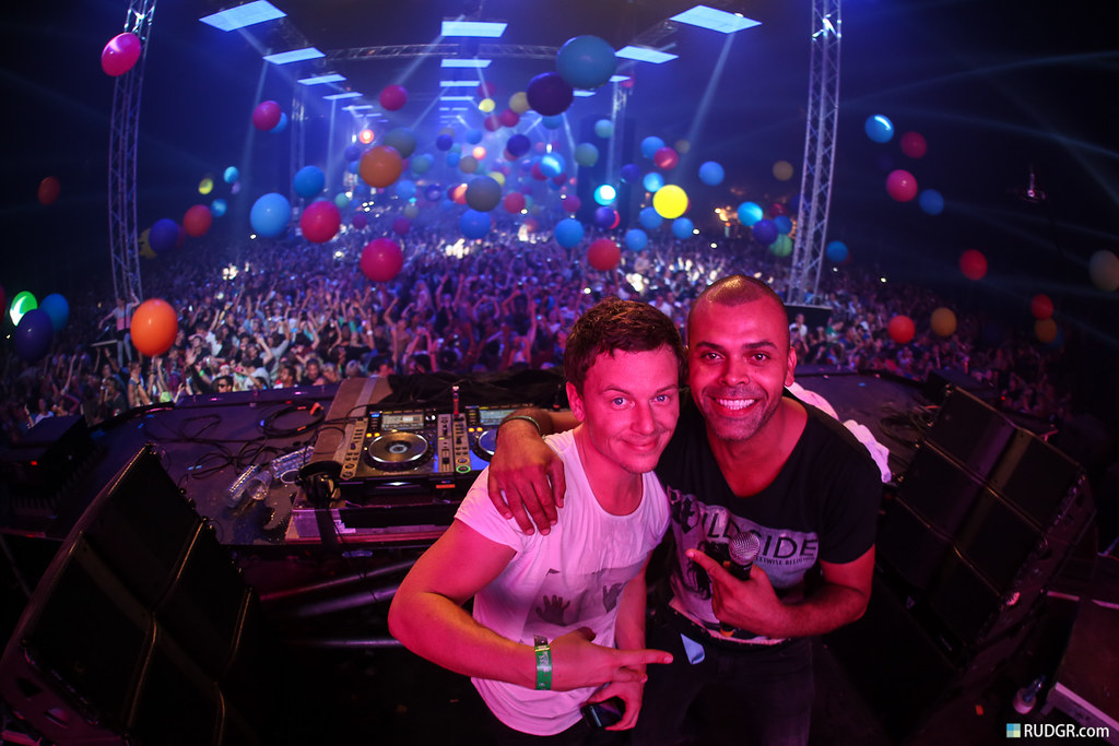 That's the way to roll! Fedde le Grand & MC Gee
