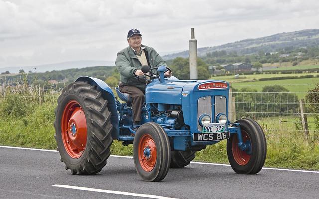 Super Dexta Tractor : Wcs fordson super dexta tractor flickr photo sharing