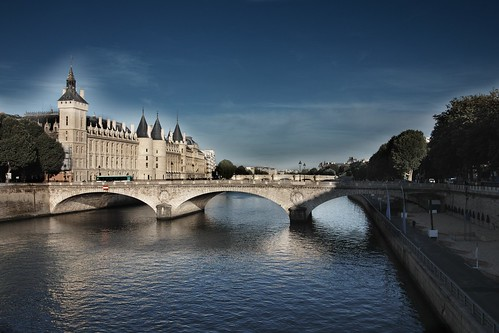 Paris La Seine by Jean-Claude Randazzo