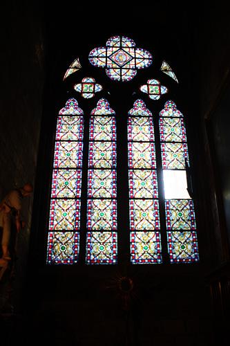 Notre-Dam-stain-glass-window
