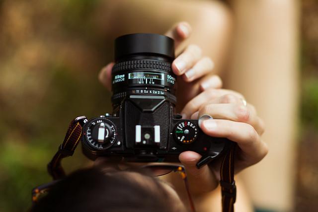 Nikon D800, meet Nikon FE