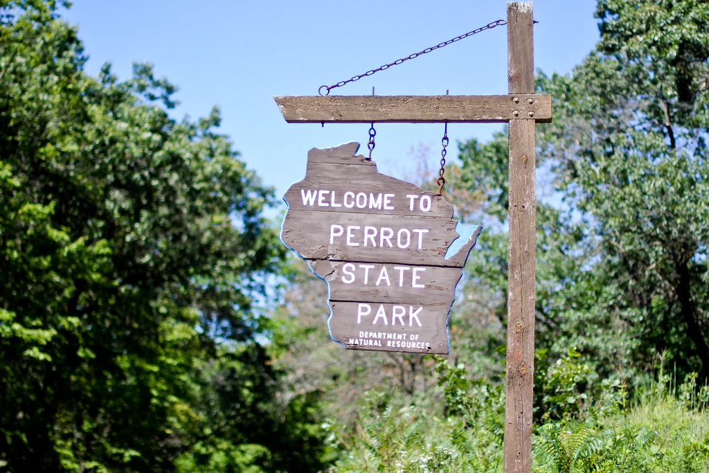 Hiking Perot State Park