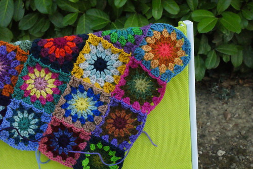 4x4 granny squares for a cushion