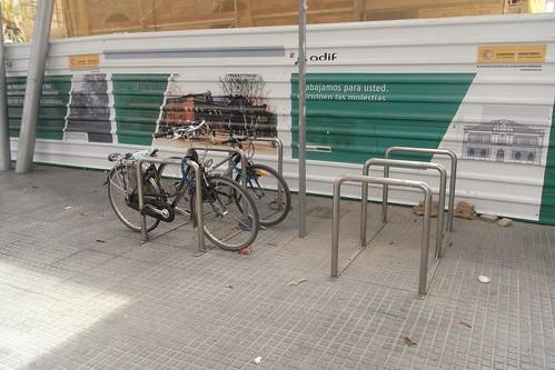 Aparcamiento para bicicletas estación de tren de Málaga.