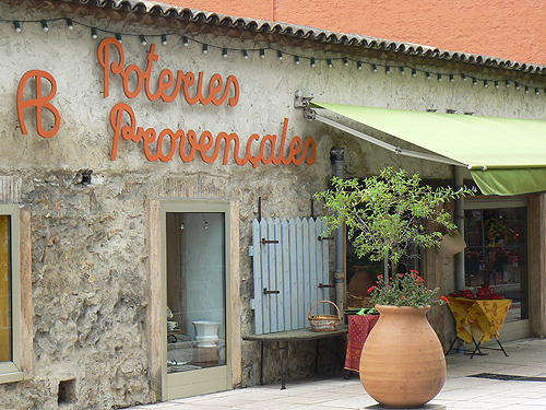 poteries provençales.jpg