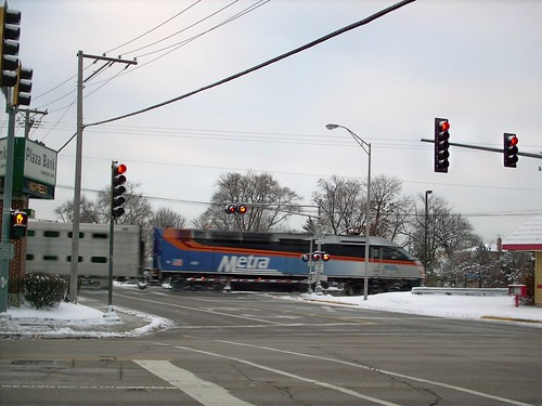 Westbound Metra morning rush hour commuter train.  Elmwood Park Illinois.  December 2007. by Eddie from Chicago