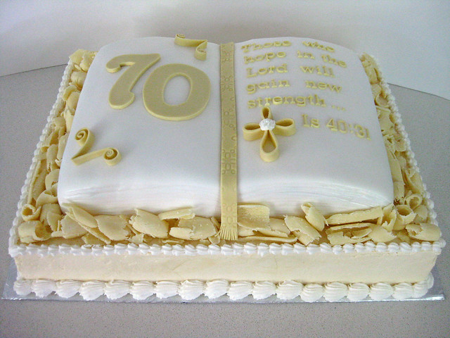 Bible Birthday Cakes http://www.flickr.com/photos/ilovechrissycakes/7883766148/