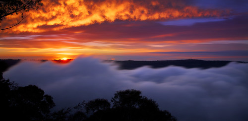 A Sublime Morning || BLUE MOUNTAINS {{EXPLORE #1 2/9/12}}